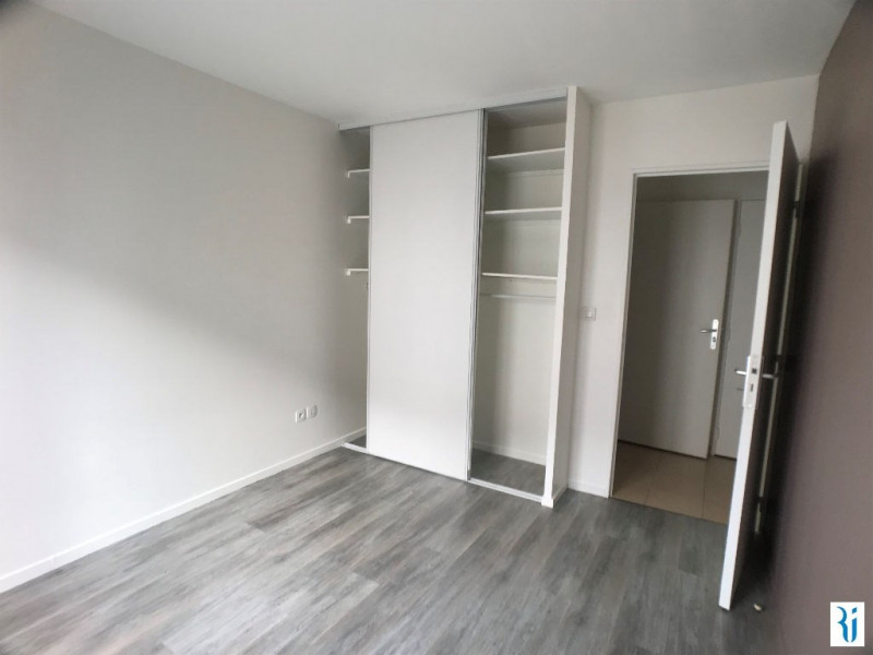 Location appartement Rouen 547€ CC - Photo 2