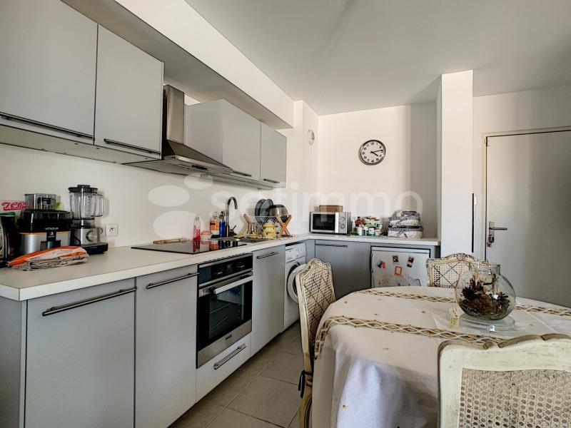Rental apartment Marseille 8ème 775€ CC - Picture 4