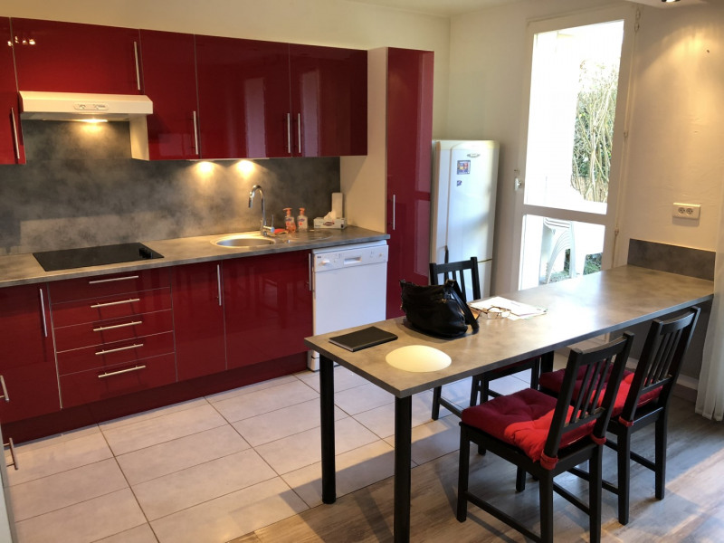 Rental apartment Saint-ouen-l'aumône 757€ CC - Picture 2