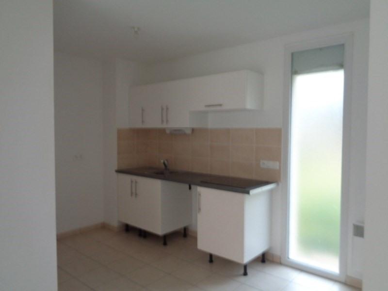 Location appartement Sainte luce sur loire 604€ CC - Photo 2