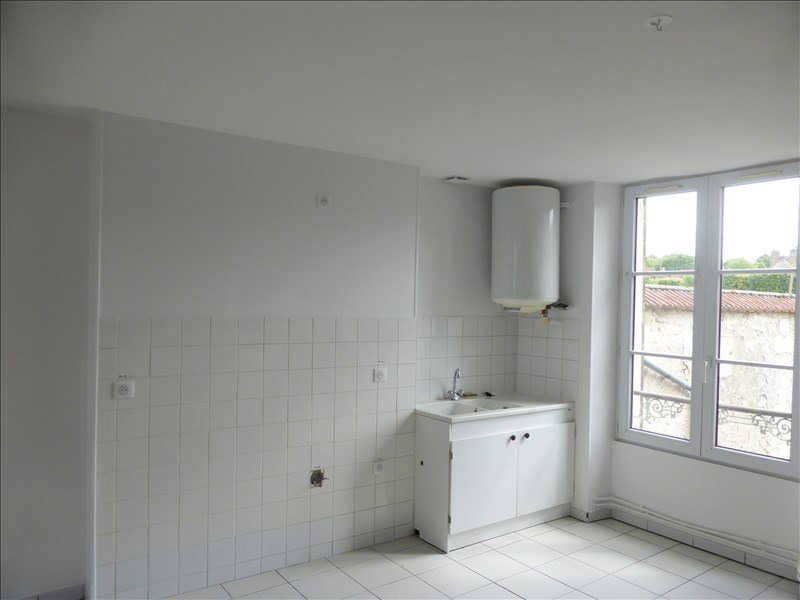 Location appartement Crepy en valois 610€ CC - Photo 2