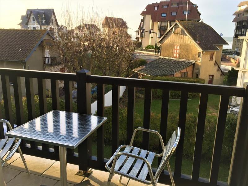 Sale apartment Blonville sur mer 233000€ - Picture 1