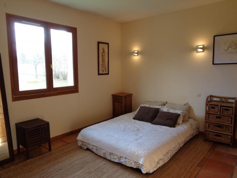 Sale house / villa St andre de cubzac 307000€ - Picture 8