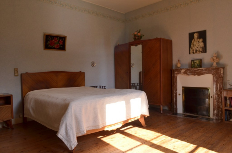 Vente maison / villa Fontenay le comte 190000€ - Photo 6