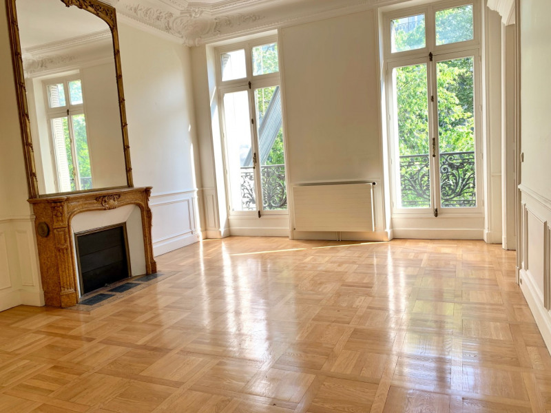 Location appartement Paris 10ème 4 500€ CC - Photo 2