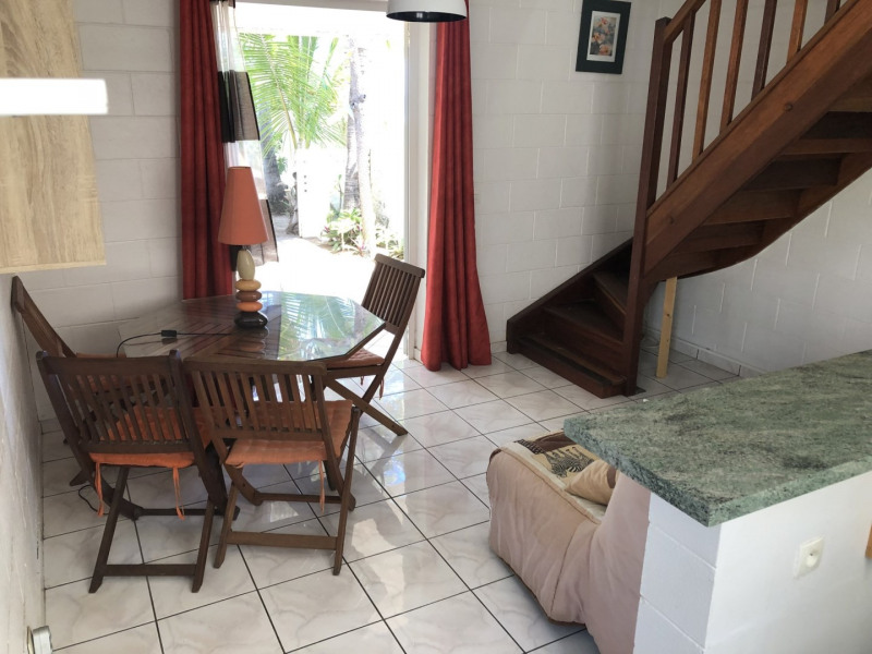 Location appartement Trois bassins 830€ CC - Photo 3