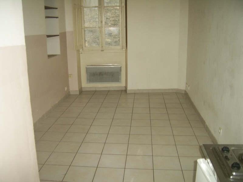 Verhuren  appartement Nimes 390€ CC - Foto 4