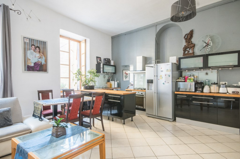 Sale apartment Chambéry 235 000€ - Picture 2
