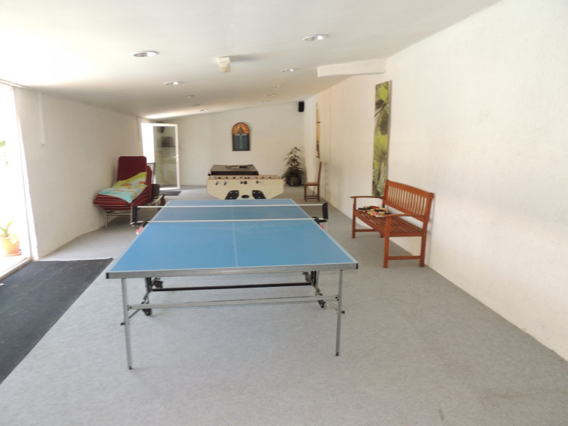 Vacation rental house / villa Saint romain de benet 3 980€ - Picture 10
