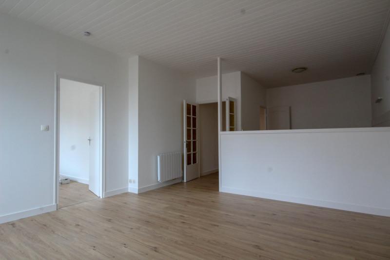 Rental apartment Aizenay 457€ CC - Picture 2
