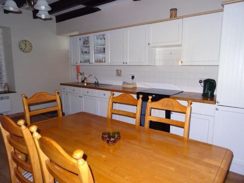 Sale house / villa Plusquellec 64200€ - Picture 6