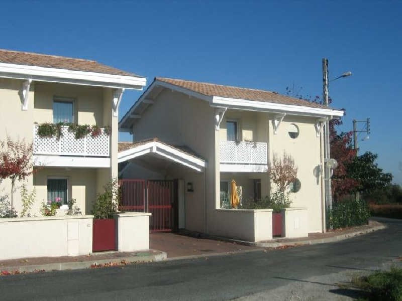 Location appartement Pauillac 359€ CC - Photo 1