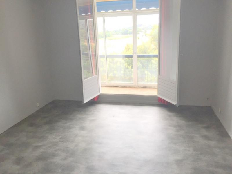 Sale apartment Aix en provence 80000€ - Picture 2