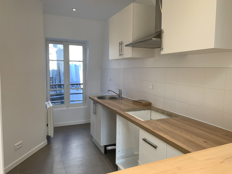 Location appartement Paris 2ème 2 245€ CC - Photo 7