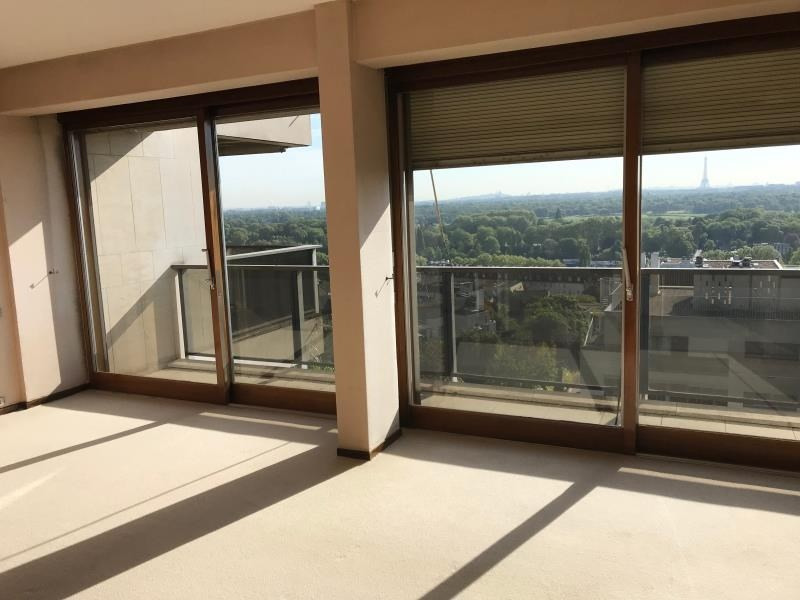 Sale apartment St cloud 777 650€ - Picture 2