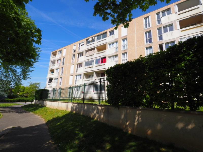 Sale apartment Melun 99 000€ - Picture 1
