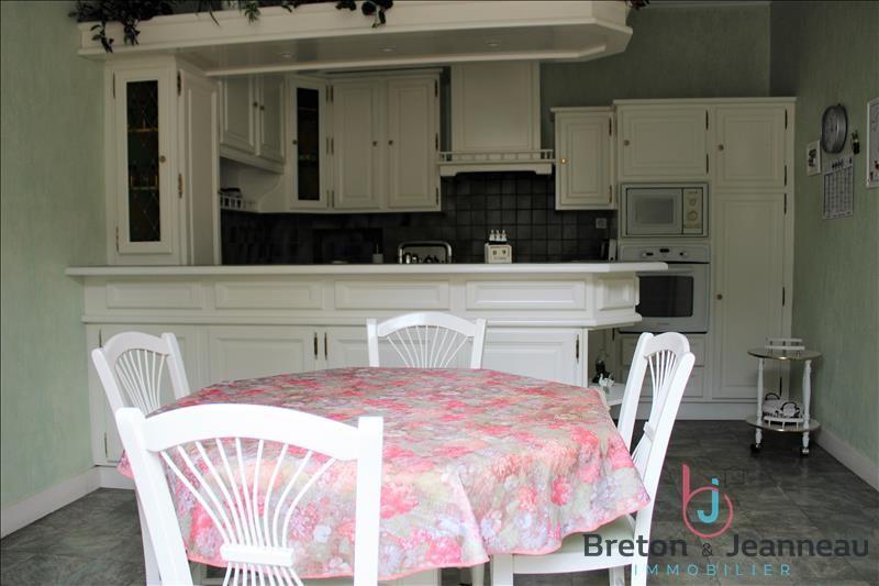 Sale house / villa Chateau gontier 158080€ - Picture 1