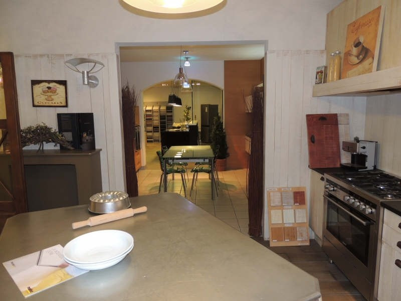 Location local commercial Auxerre 5000€ HT/HC - Photo 3
