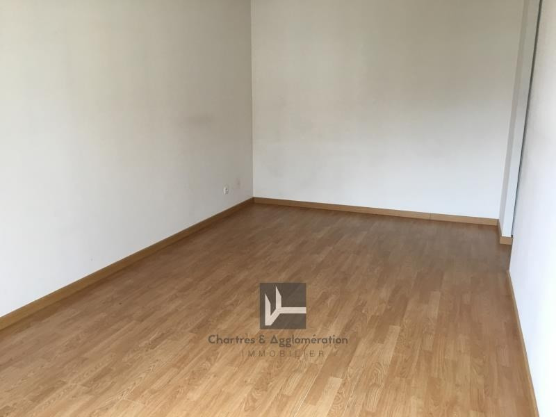 Location appartement Chartres 810€ CC - Photo 4