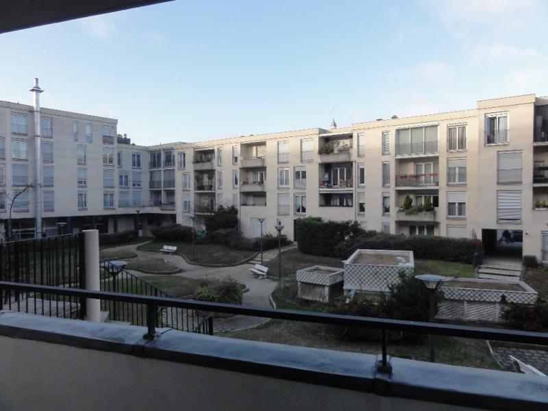 Sale apartment Chatou 185000€ - Picture 1