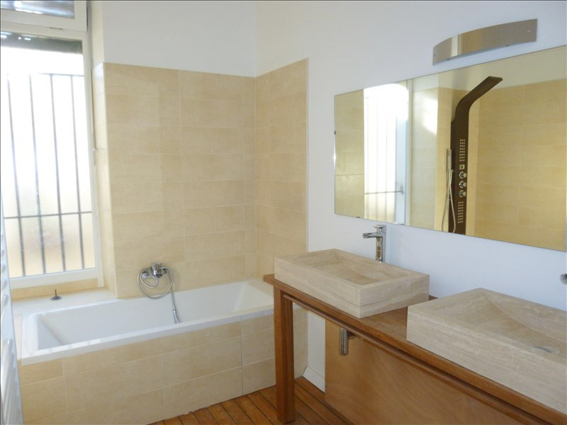 Sale apartment Nimes 233 000€ - Picture 5