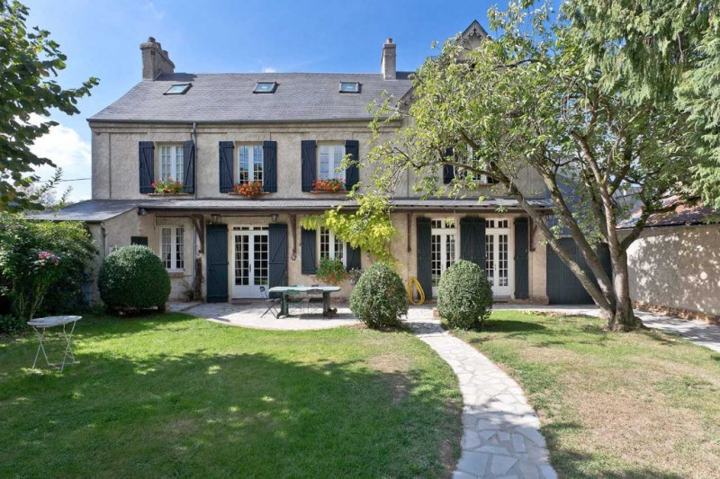 Sale house / villa Grandvilliers 468000€ - Picture 1