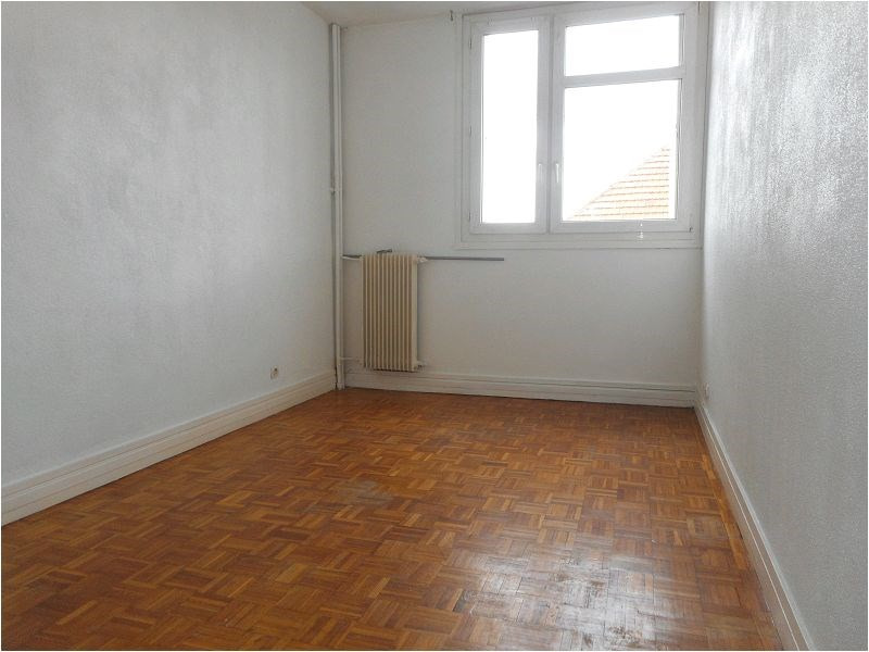 Rental apartment Athis mons 821€ CC - Picture 2