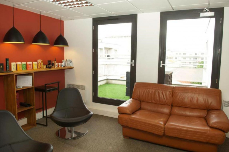 Rental office Clichy 8842€ HT/HC - Picture 4