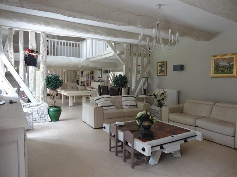 Deluxe sale house / villa Bonneville-sur-touques 650000€ - Picture 2