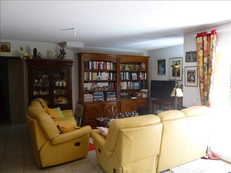 Sale house / villa Equemauville 315000€ - Picture 2