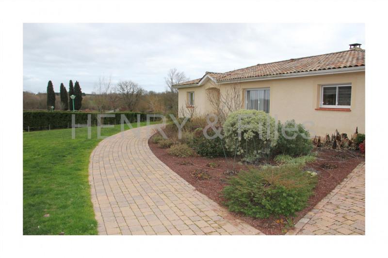 Sale house / villa Gimont /samatan 414000€ - Picture 2