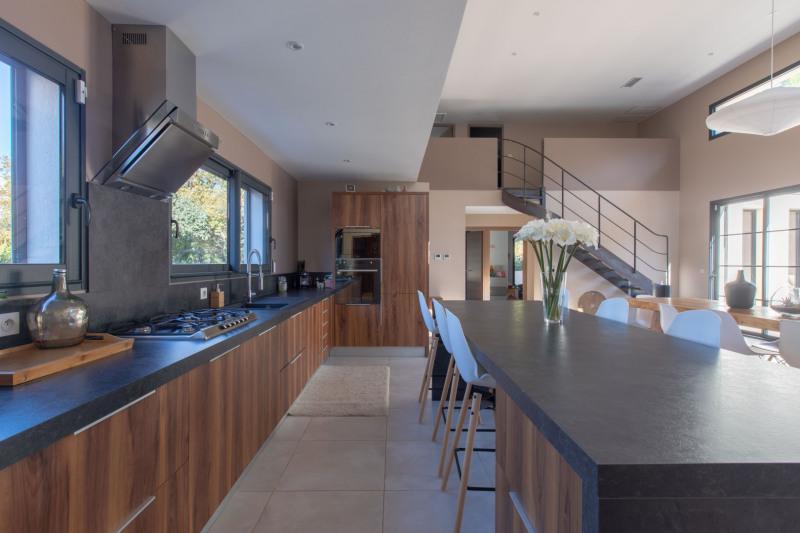 Vente de prestige maison / villa Meyrargues 1090000€ - Photo 6