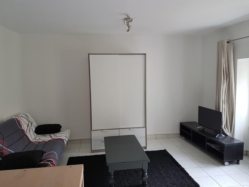 Location appartement Laval 320€ CC - Photo 5