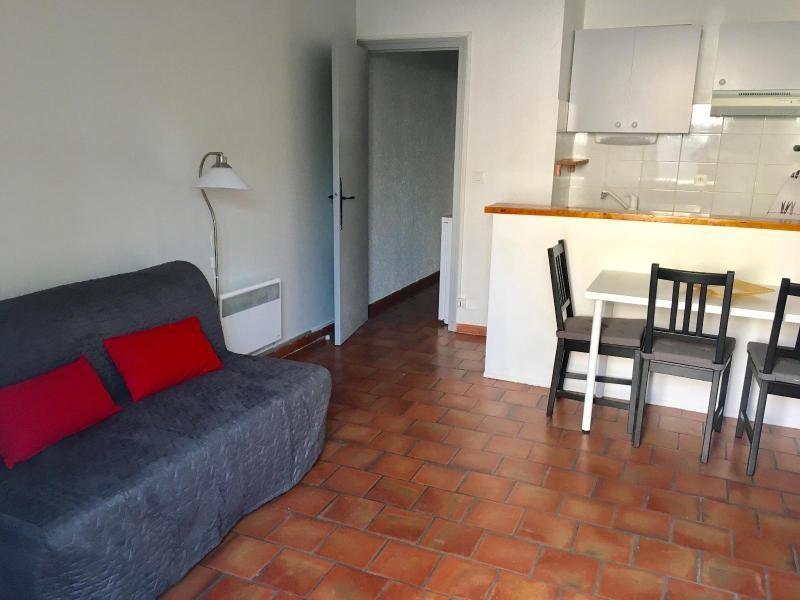 Location appartement Aix en provence 572€ CC - Photo 2