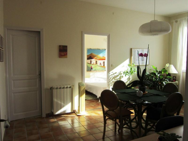 Verhuren  appartement Lambesc 650€ CC - Foto 5