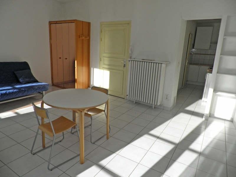 Location appartement Le puy en velay 323,79€ CC - Photo 2