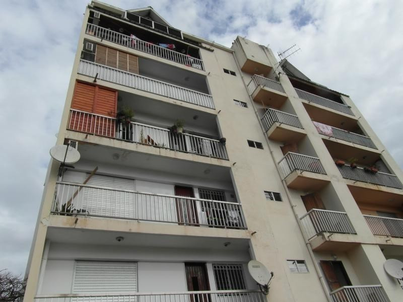 Sale apartment St denis camelias 82000€ - Picture 2