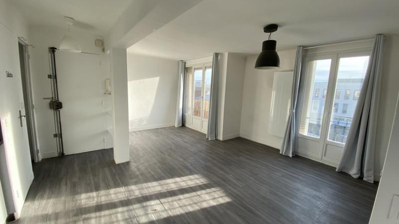 Sale apartment Le raincy 232000€ - Picture 1