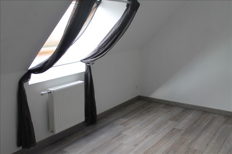 Location maison / villa Fressain 850€ CC - Photo 5
