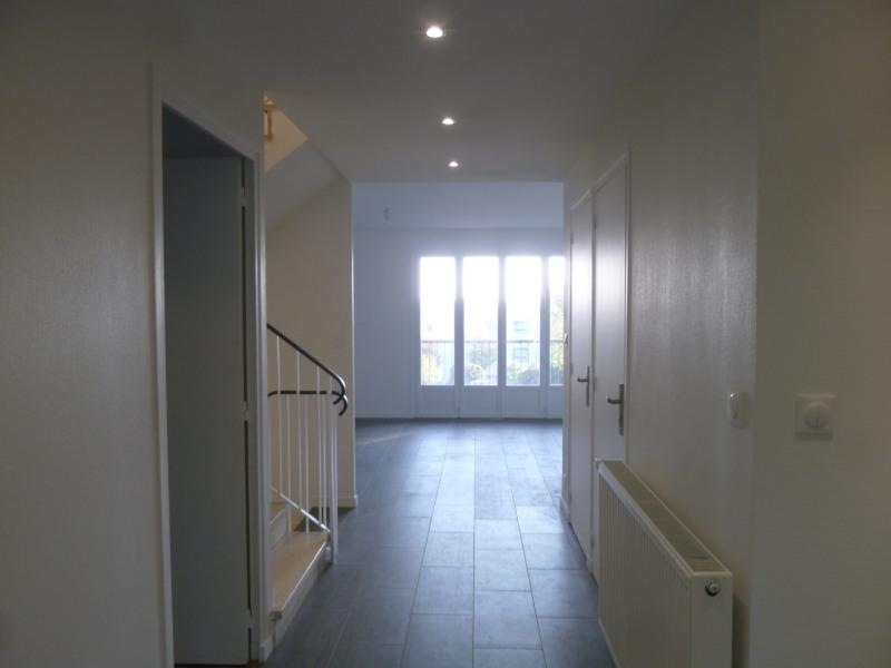 Location appartement Saint-genis-laval 1495€ CC - Photo 2