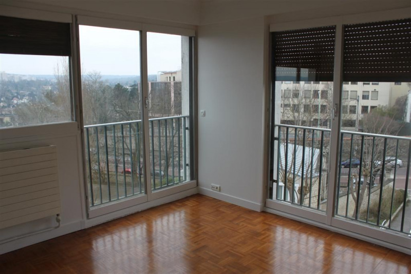 Location appartement Le pecq 2 250€ CC - Photo 2