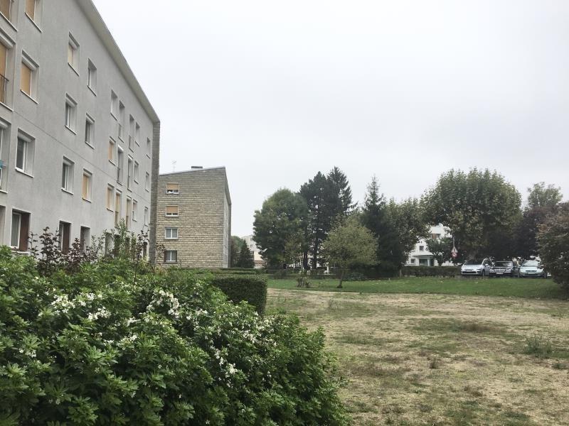 Sale apartment Le plessis bouchard 167000€ - Picture 1