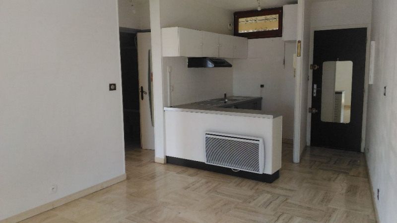 Rental apartment Villeneuve loubet 765€ CC - Picture 2