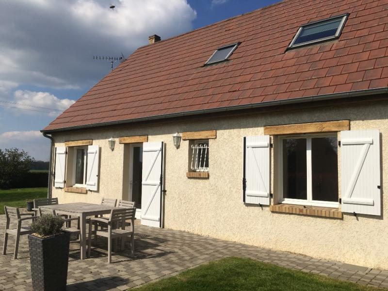 Sale house / villa Les andelys 199000€ - Picture 1