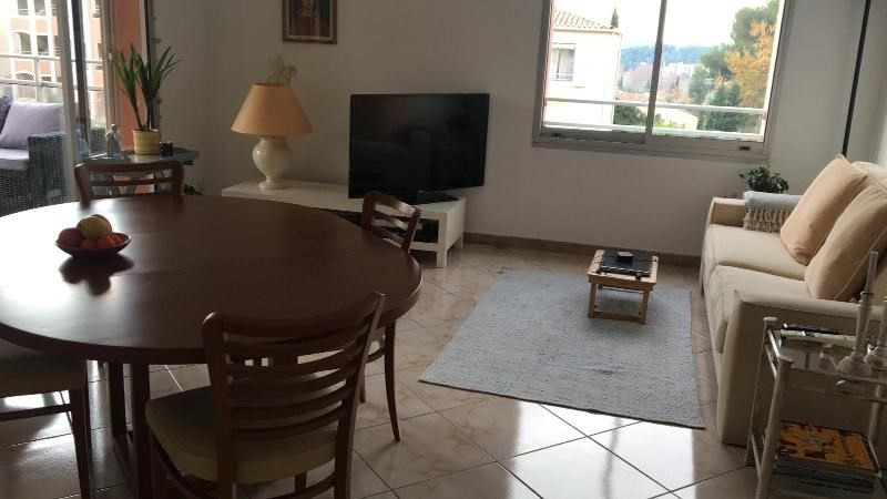 Location appartement Aix en provence 1 230€ CC - Photo 3
