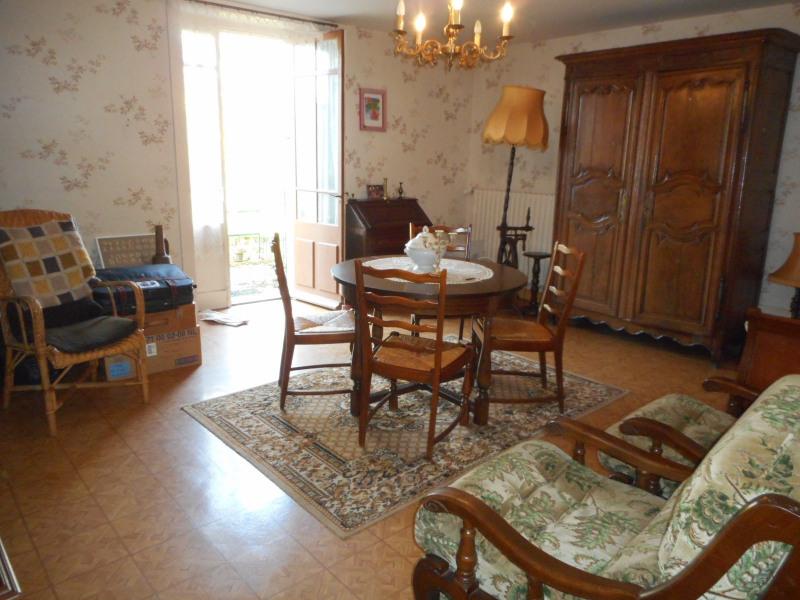 Sale house / villa Domblans 139000€ - Picture 3