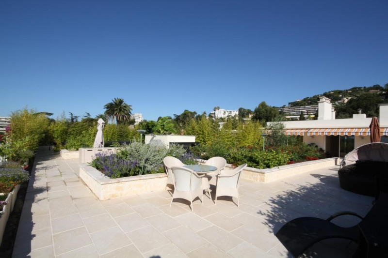 Deluxe sale apartment Cannes 1 990 000€ - Picture 6