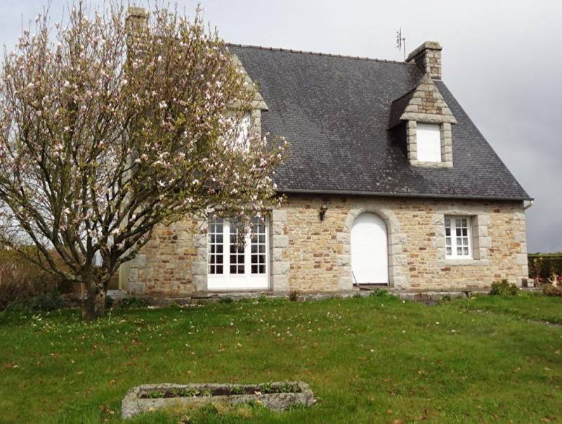 Sale house / villa Plounevez quintin 169000€ - Picture 2