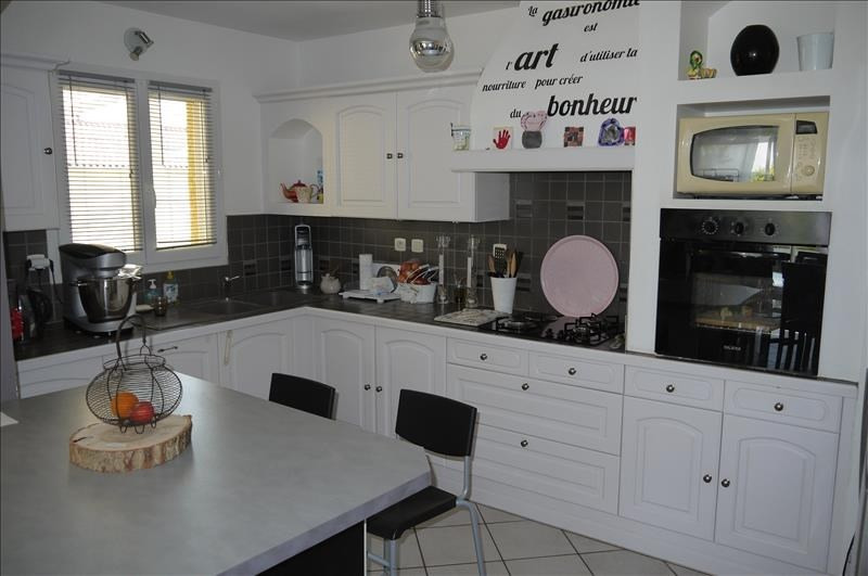 Sale house / villa Montseveroux 239 900€ - Picture 7