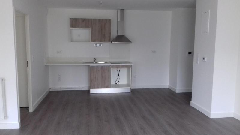 Location appartement Villenave d'ornon 780€ CC - Photo 2